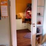 Küchentür mit Glaseinsatz